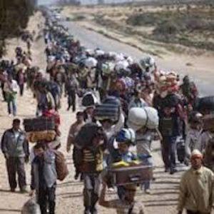 6:15 - Profughi siriani in marchia in Ungheria