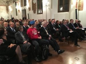 Milano - Sala della Società Umanitaria - Il pubblico alla cerimonia del 113° anniversario della Fondazione Asilo Mariuccia
