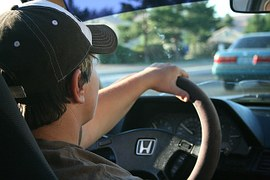 Guida senza patente