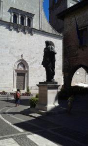 Cividale del Friuli: statua du Giulio Cesare