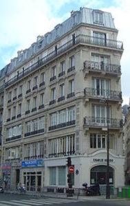 La sede di Charlie Hebdo a Parigi